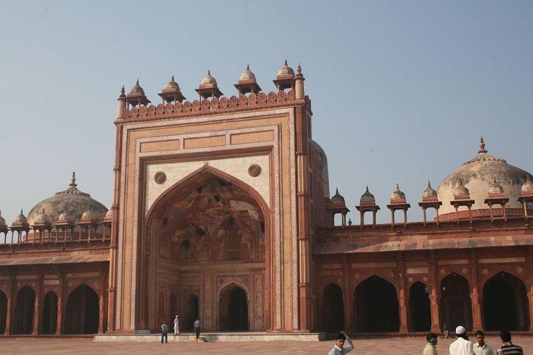 1024px-Jama_Masjid-Sikri-Fatehpur_Sikri-India0008